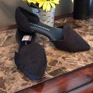 🦋 New! Black Suede flats.